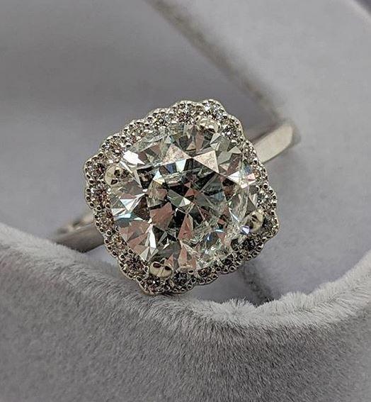 Sell a Large Diamond