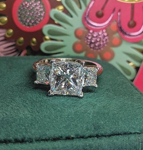 Pawn a Diamond Ring - La Jolla CA