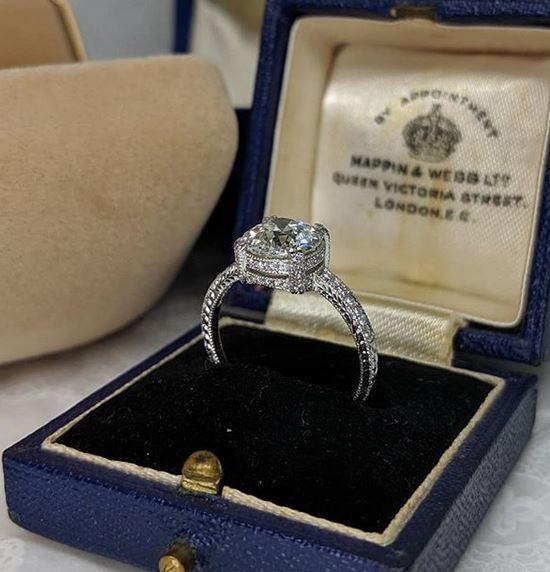 We Buy Diamond Engagement Rings