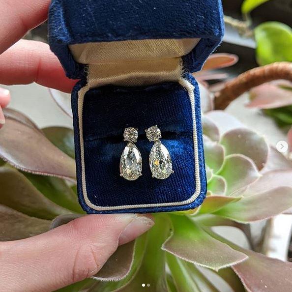 We Buy Diamond Earrings in Chula Vista